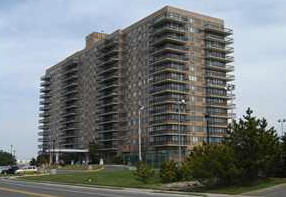Admiralty hi rise for sale Monmouth Beach
